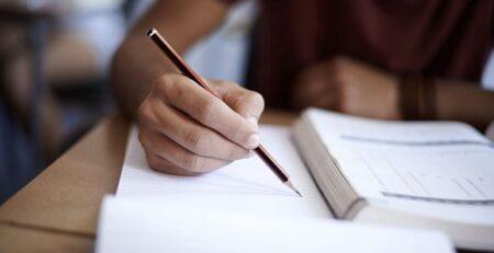 طريقة كتابة المراجع في البحث العلمي باللغة الانجليزية